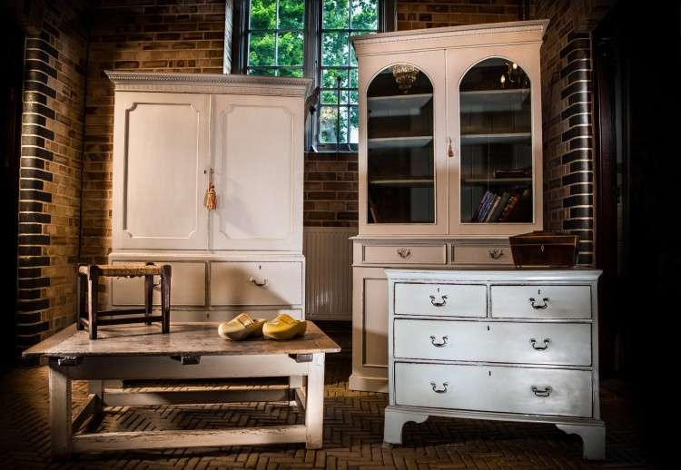 Old Painted Furniture - Bayfield Hall - Holt
