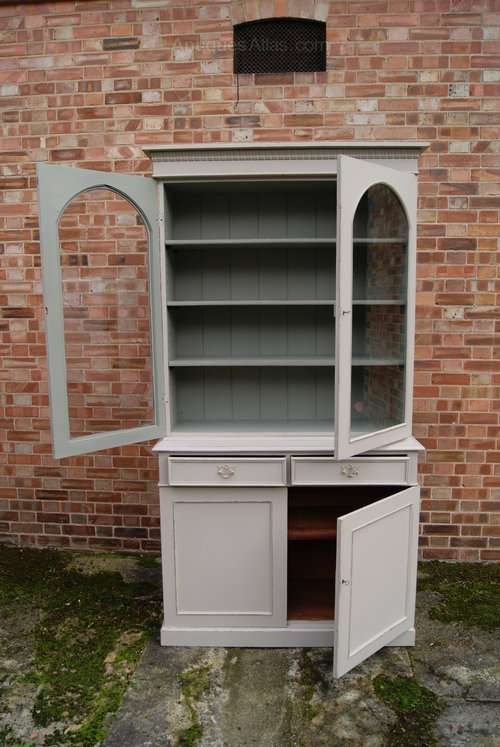 Mid Victorian Painted Mahogany Cupboard Bookcase3