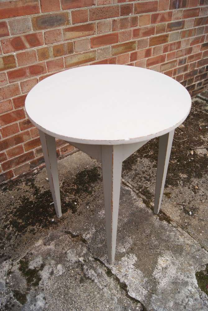 Painted Pine Irish Cricket Table SOLD- Ref:1044
