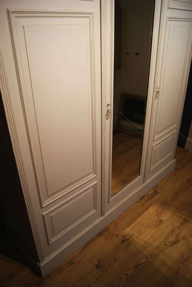 Late Victorian Painted Triple Wardrobe2