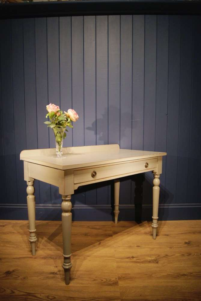 Mid 19th Century Painted Dressing Table1
