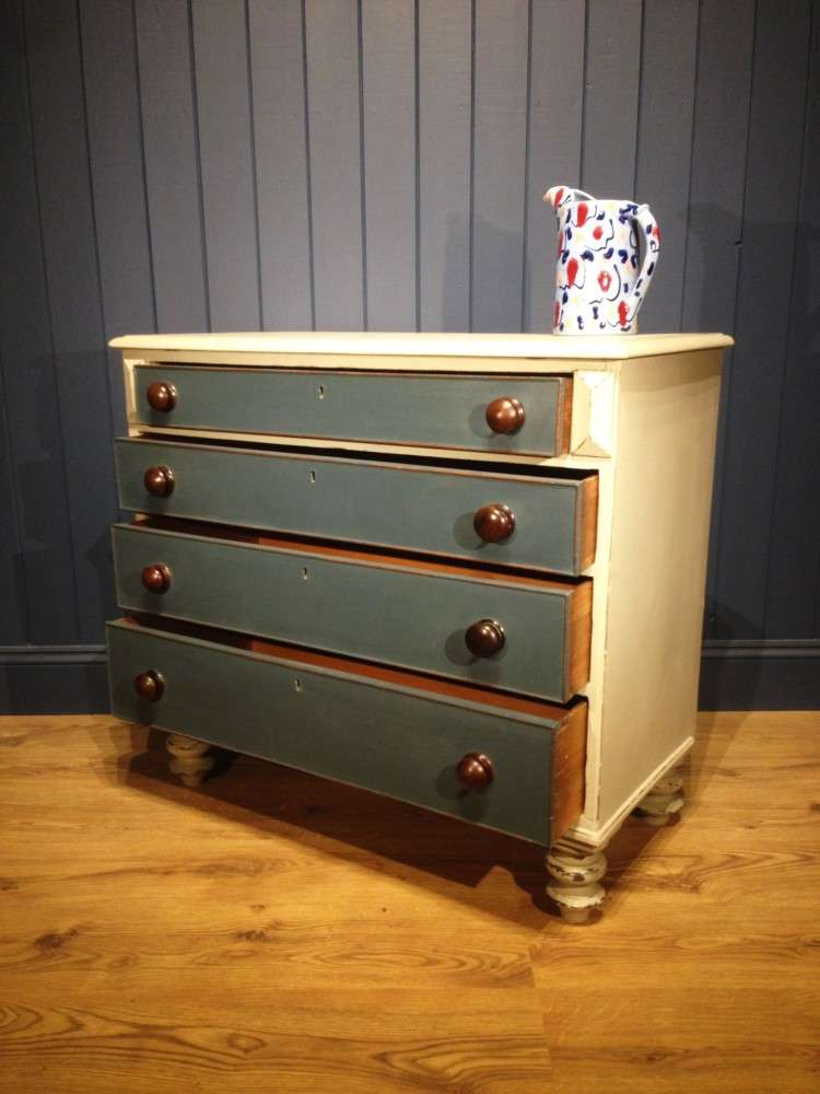 Early Victorian Painted Chest Of Drawers2