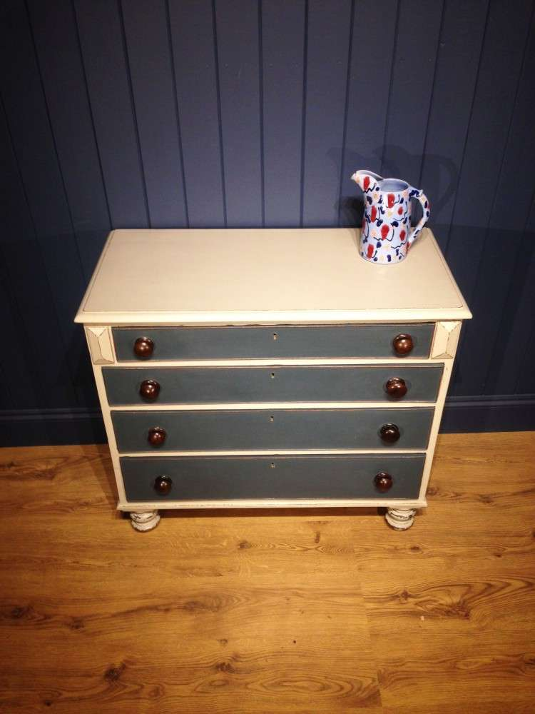 Early Victorian Painted Chest Of Drawers3