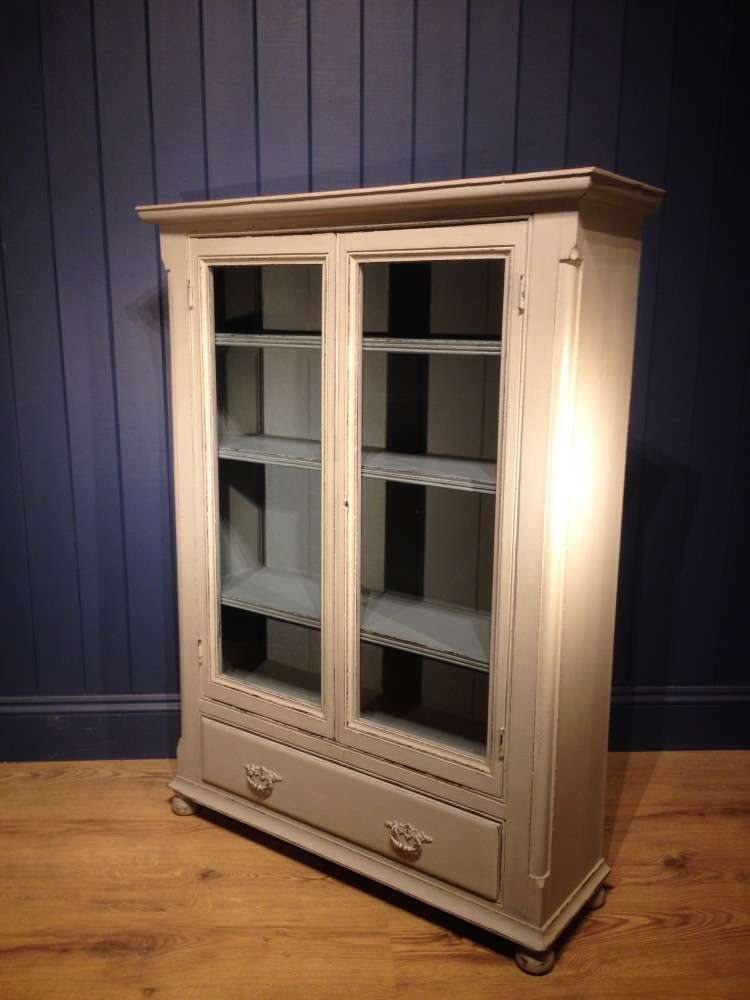 Mid Victorian Painted Pine Bookcase2