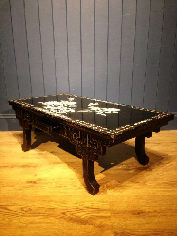 1930's Black Lacquered Mother Of Pearl Table2