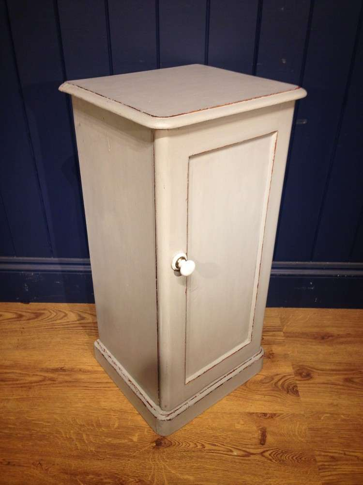 Victorian Painted Pine Bedside Cupboard1