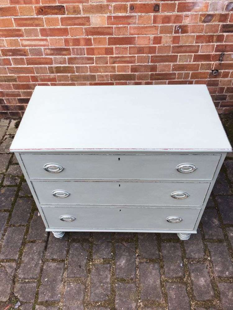 Early Victorian Painted Mahogany 3 Drawer Chest3