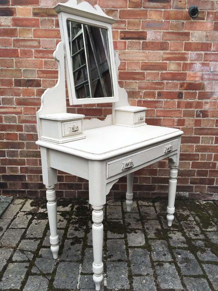 Late Victorian Painted Pine Dressing Table1