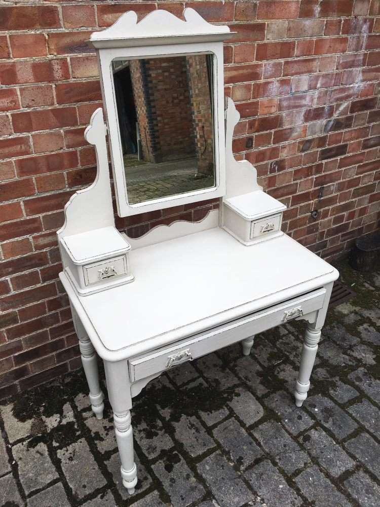 Late Victorian Painted Pine Dressing Table3