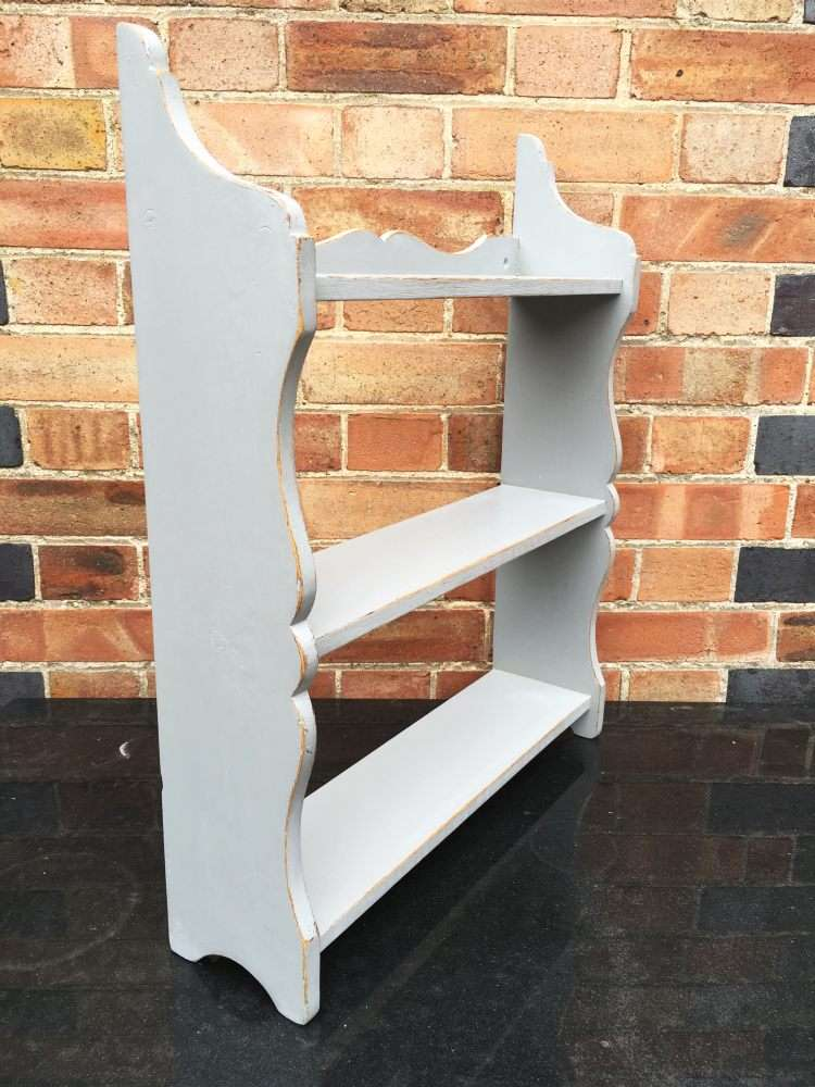 Victorian Painted Pine Small Hanging Shelves1
