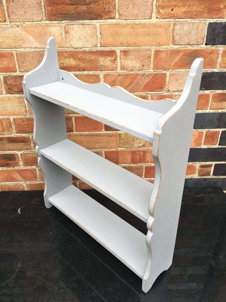 Victorian Painted Pine Small Hanging Shelves3