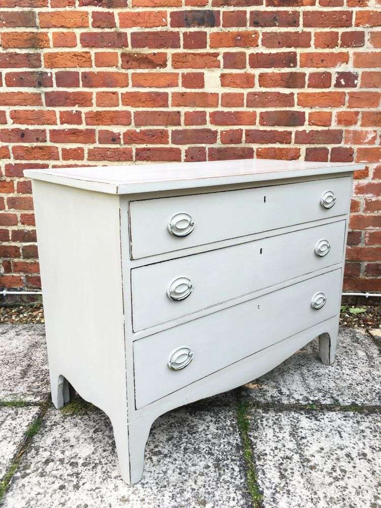 Early Victorian Painted Mahogany Chest Of Drawers2