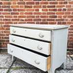 Early Victorian Painted Mahogany Chest Of Drawers SOLD – Ref:1174
