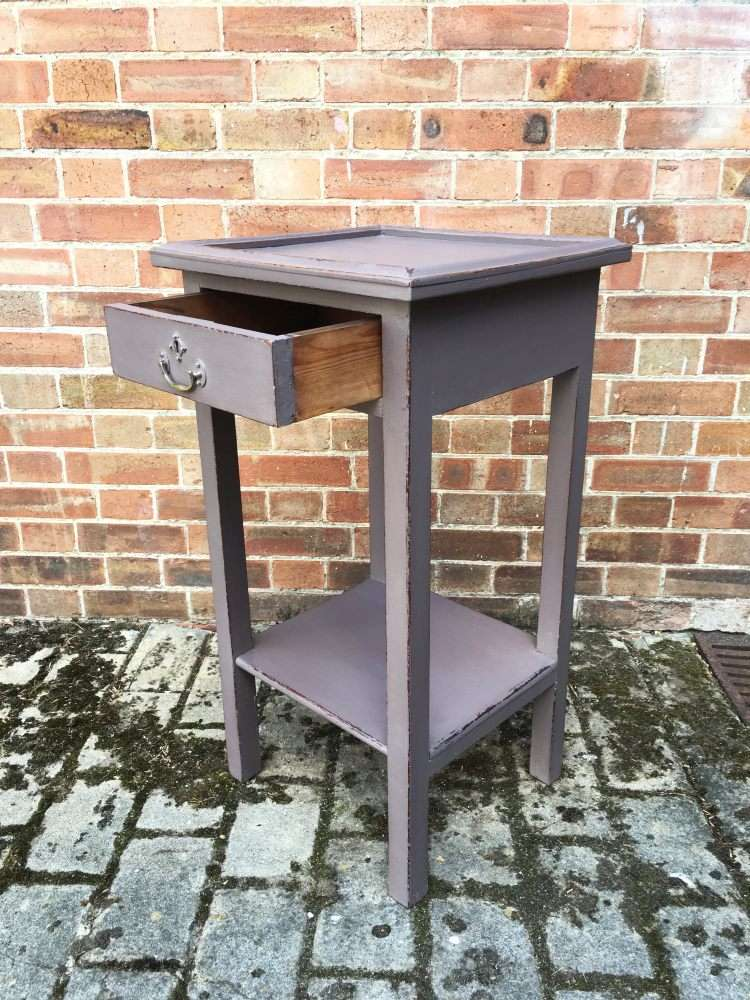 Edwardian Painted Pine lamp Table2