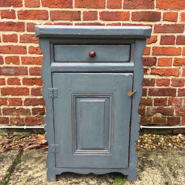 Hungarian Painted Pine Cupboard3