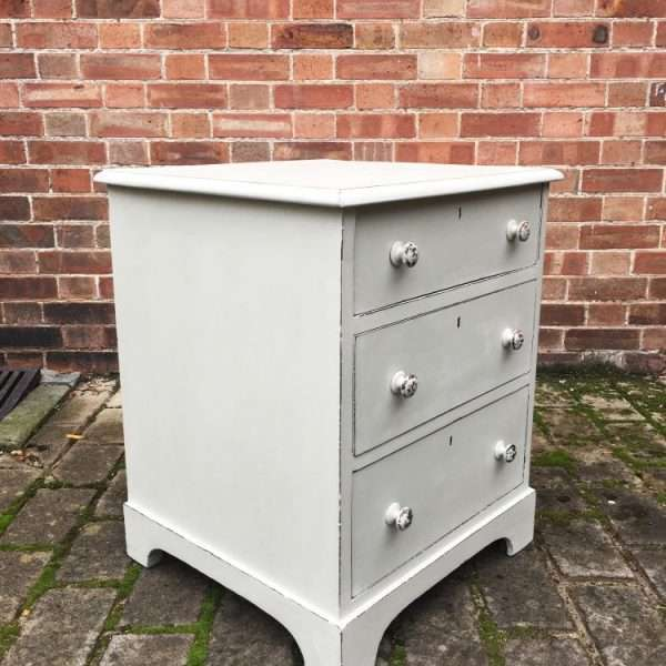 Mid Victorian Painted Mahogany Bedside Drawers1