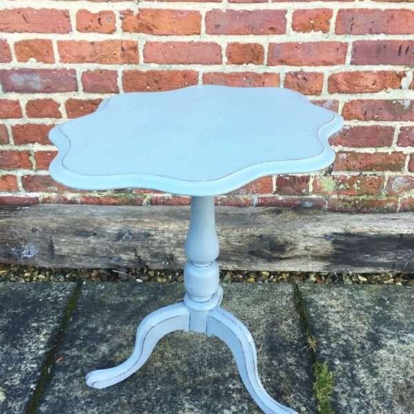 Mid Victorian Painted Mahogany Tripod Table1