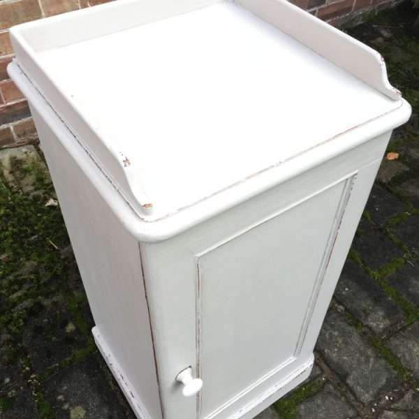 Late Victorian Painted Pine Pot Cupboard3