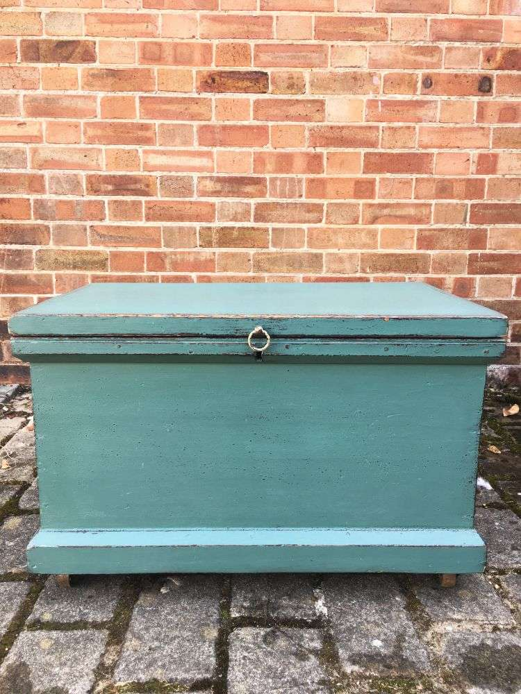 Late Victorian Painted Pine Storage Box3