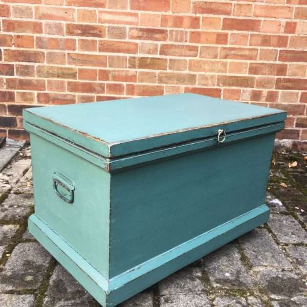 Late Victorian Painted Pine Storage Box2
