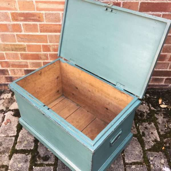 Late Victorian Painted Pine Storage Box1