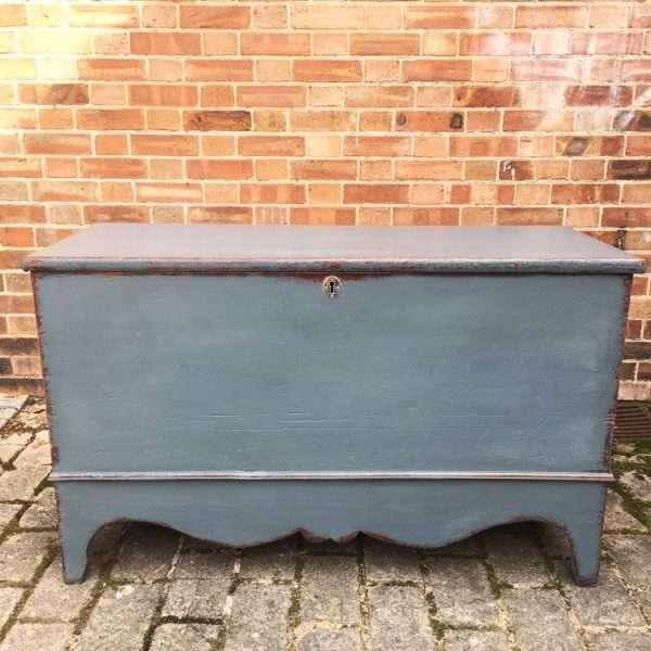 Regency Painted Pine Blanket Box4