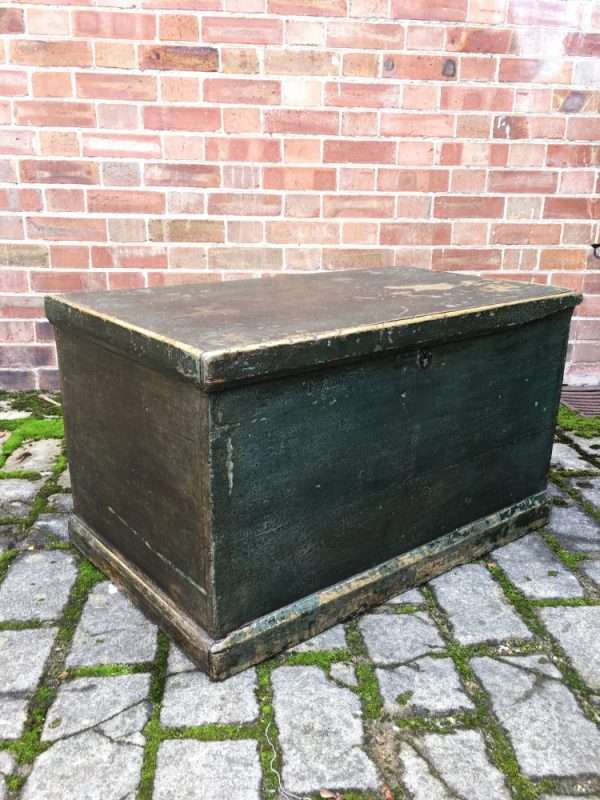 Mid 19th Century Painted Pine Box SOLD – Ref:1343