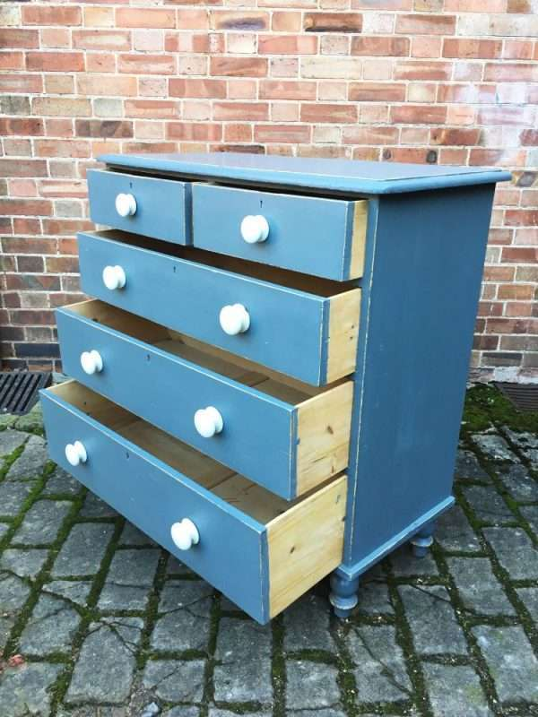 Victorian Painted Pine Chest Of Drawers SOLD – Ref:1357