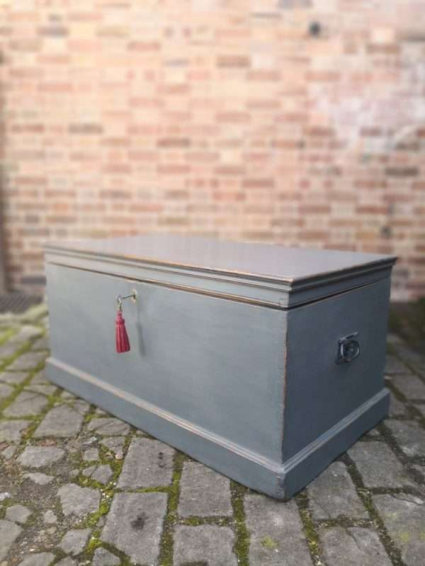 Victorian Painted Pine Blanket Box SOLD – Ref:1389