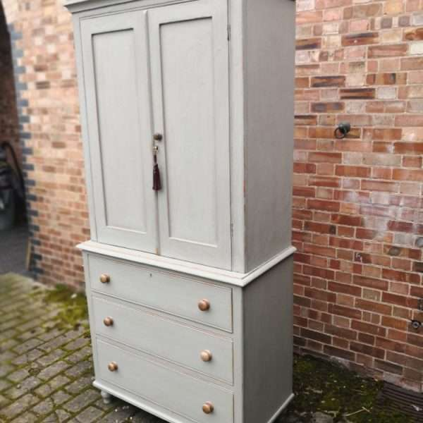 Late Victorian Painted Pine Linen Cupboard2