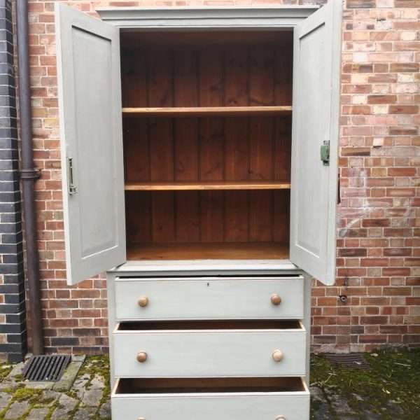 Late Victorian Painted Pine Linen Cupboard3