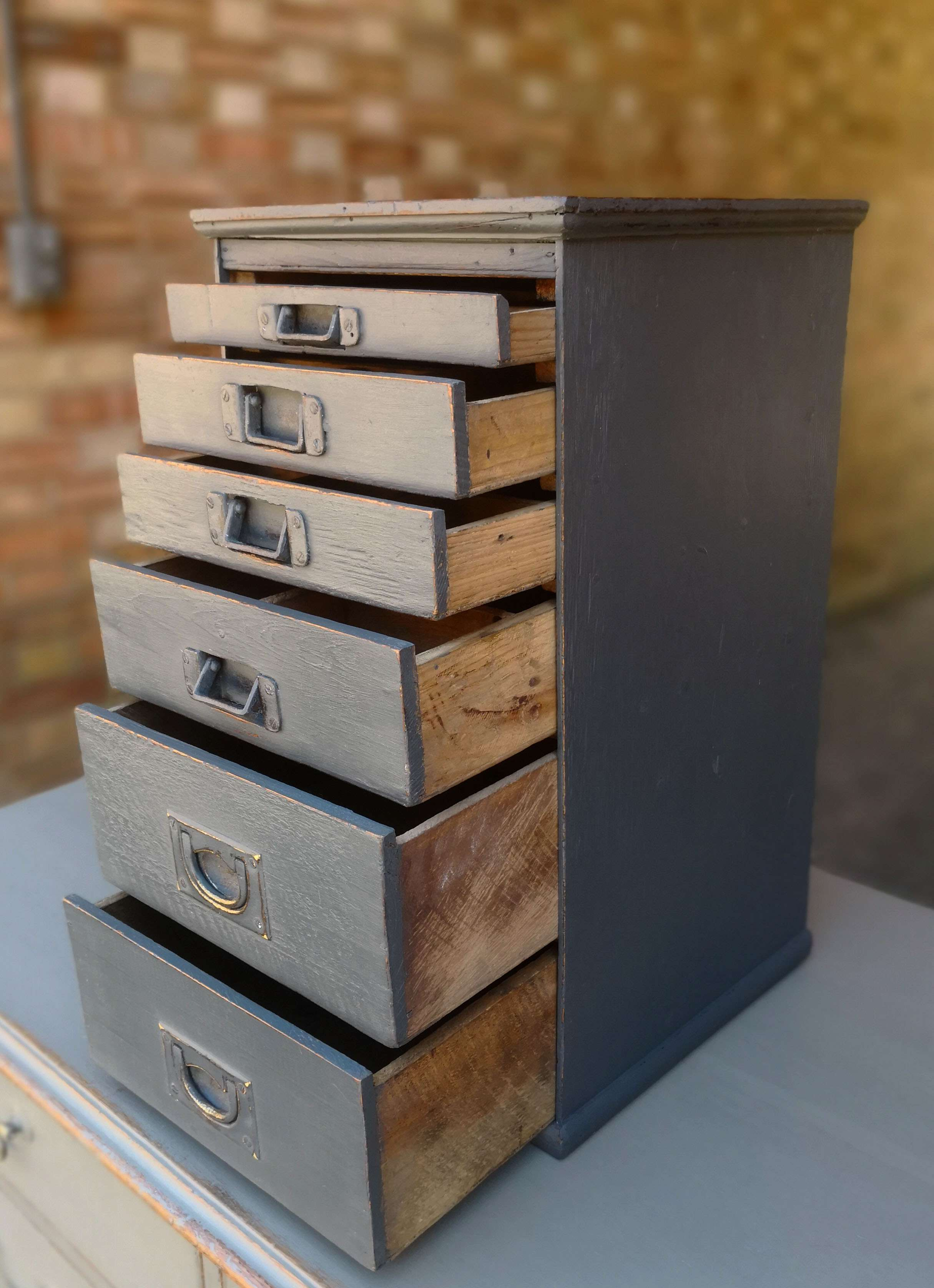 Victorian Small Bank Of 6 Drawers2