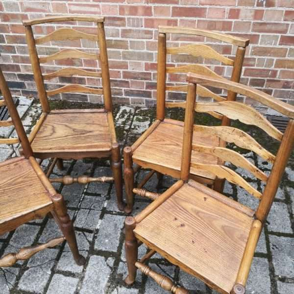 Set Of 4 Oak North Country Ladderback Chairs