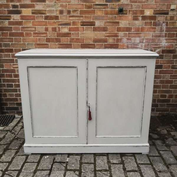 19th Century Painted Mahogany Linen Cupboard4