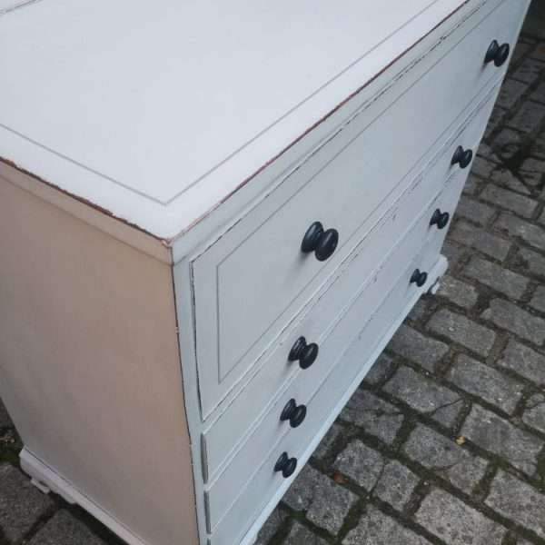 Early 19th Century Painted Mahogany Lancashire Blanket Chest4