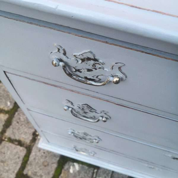 Queen Anne Style Painted Oak Chest Of Drawers3